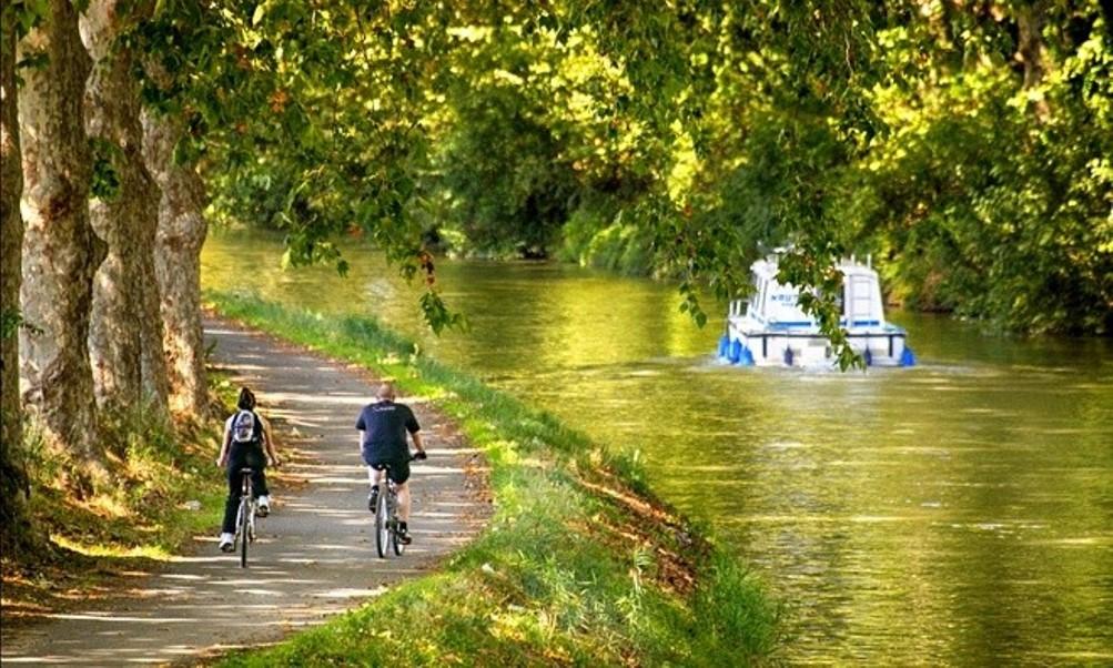 LE CANAL EN BATEAU, EN BALADE, EN RUNNING, A VELO